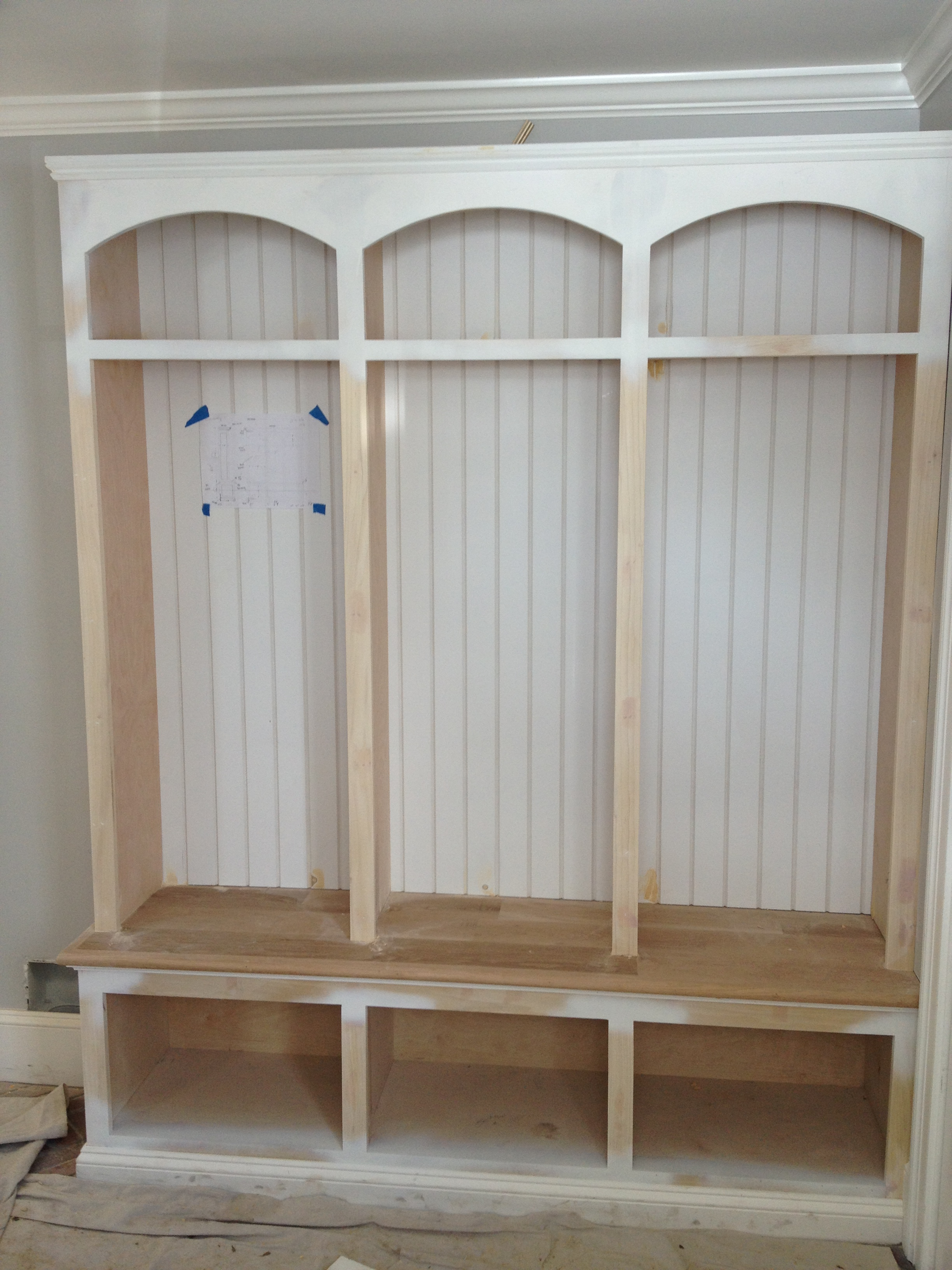 Mudroom cubbies ideas plans diy how to make nostalgic67ufr for Storage room plan